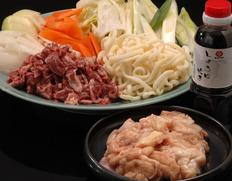 【熊本県肥育馬肉】まるよしの『極上馬肉のしょうゆ炊き鍋』セット (3〜4人用) ※冷蔵