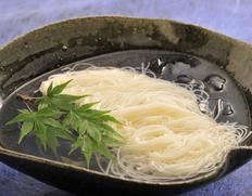 玉井製麺所 究極の極細麺 円熟の細古物素麺 『天の川』2kg 木箱入