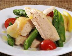 伊達の地鶏 『川俣シャモ』 しっとり蒸し鶏 約500g(ムネ肉3枚) ※冷凍