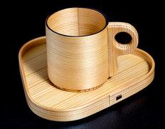 大館曲げわっぱ 【樹齢150年以上の天然杉使用 コーヒーセット 受け皿付き(三角)】 *ウレタン樹脂塗装