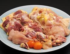 『岡崎おうはん 正肉・もつ・ガラ付(親鶏・300日前後飼育)』解体済 1羽分(正肉約1kg)※冷凍