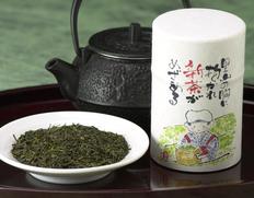 ウブな新茶を召し上がれ 牧之原台地 植田製茶